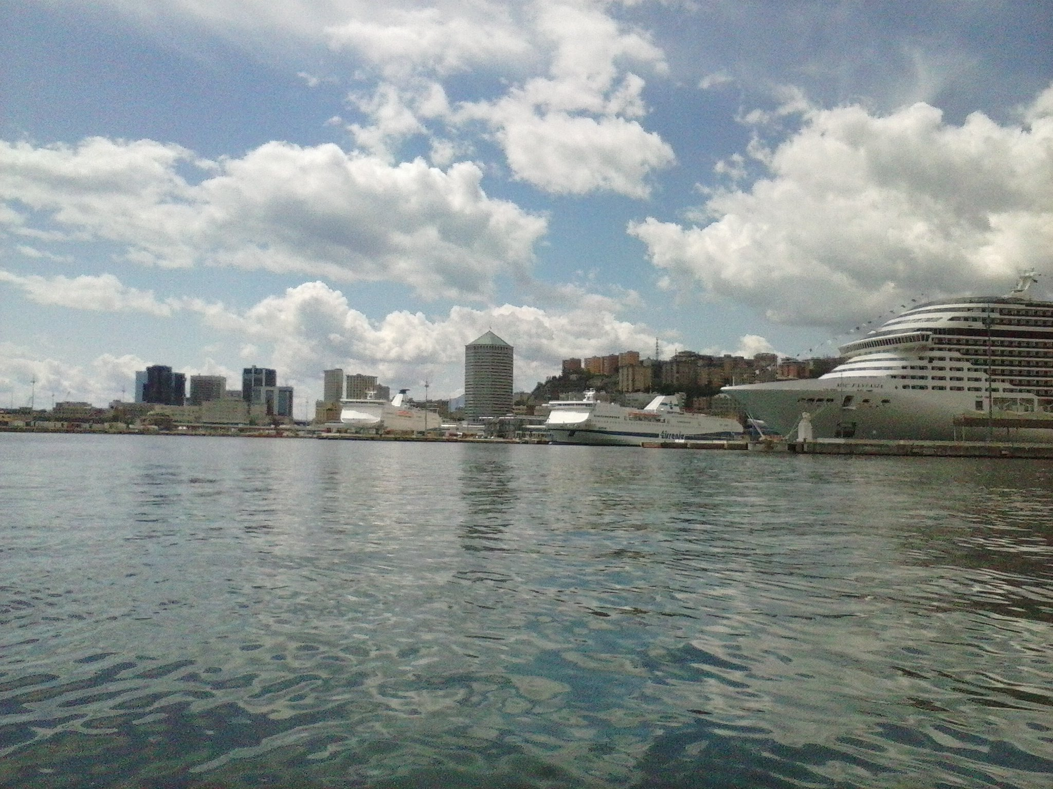 Vista Porto di Genova - 24-05-2015-08