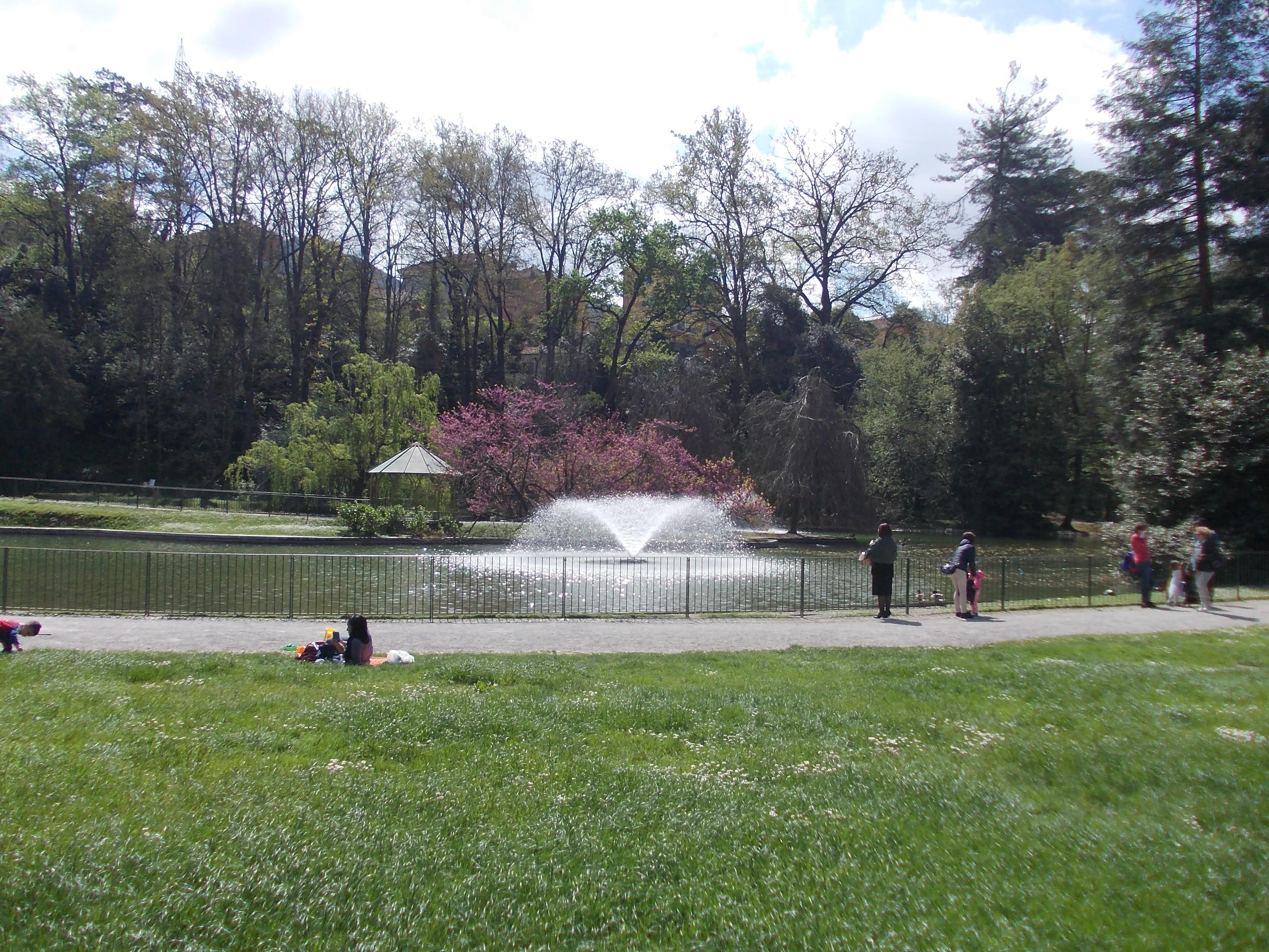Parco e specchi d'acqua