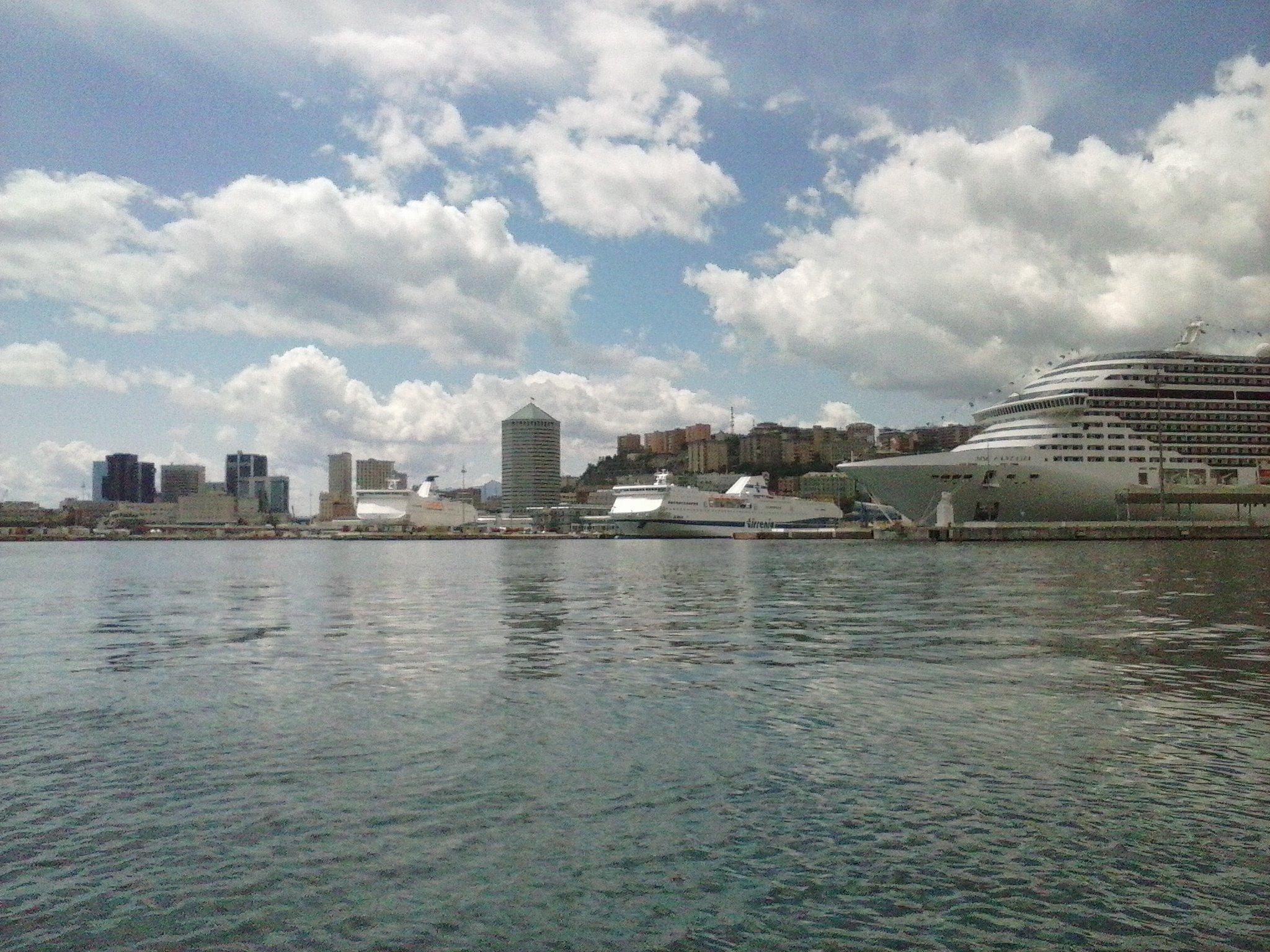 Vista Porto di Genova - 24-05-2015-09